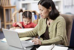 Bisnis Rumahan Yang Cocok untuk Ibu Rumah Tangga